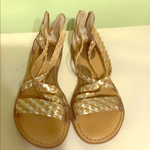 Boc gold silver braided sandals zip up back straps